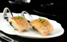 火炙鹅肝寿司图片