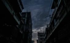 夜幕下小镇图片