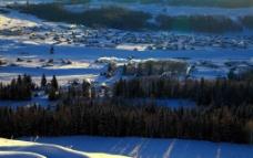新疆禾木冬景图片