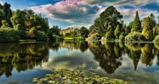 湖水城堡图片