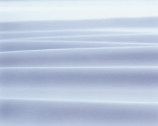 白色褶皱布纹背景图片